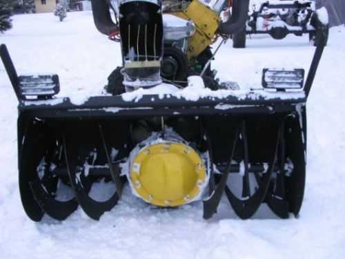 V8 Powered Snowblower 241