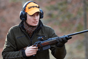 Franz-Albrecht boar hunting german wild boar fever fast boar shooting video featured