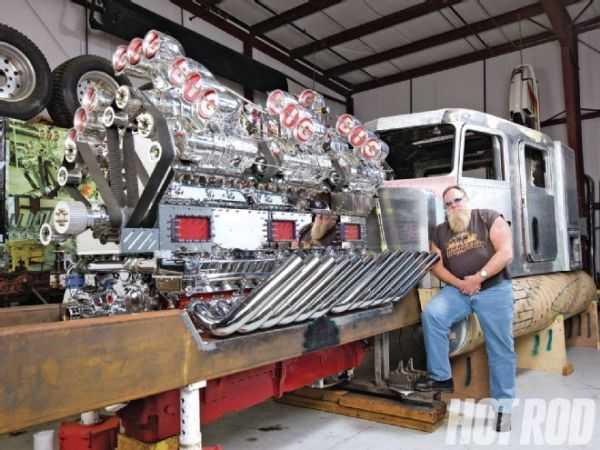 """Mike Harrah's V24-71 Detroit Diesel """"Big Mike"""" 1"""