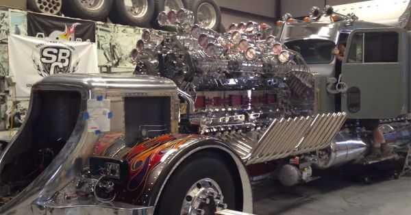 """Mike Harrah's V24-71 Detroit Diesel """"Big Mike"""" 2"""
