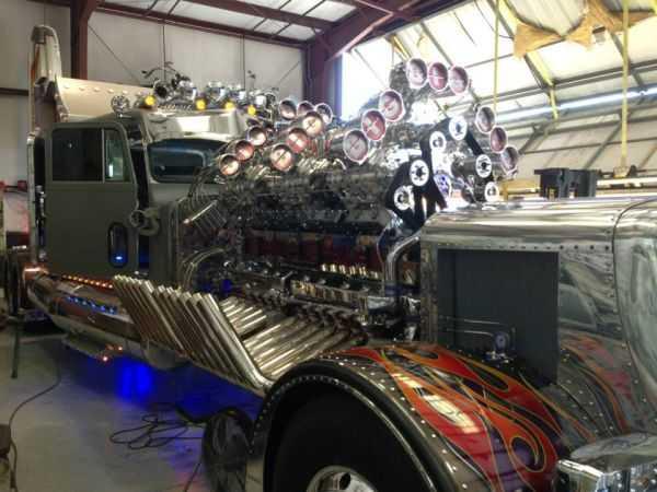 """Mike Harrah's V24-71 Detroit Diesel """"Big Mike"""" 3"""