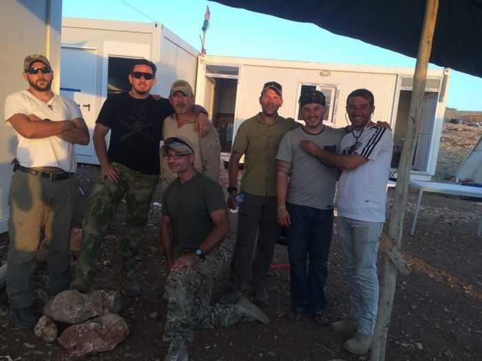 Family Of Ex Marines In Iraq Providing Aid And Fighting ISIS pictures 002