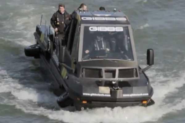 gibbs Phibian Amphibious amphibious truck vehicle boat pics 001