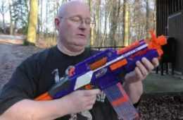 Full Auto Scalpel Blade Nerf Gun featured 1
