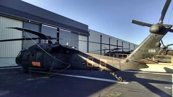 This Is The UH-60A Black Hawk That Is Up For Auction pictures 001