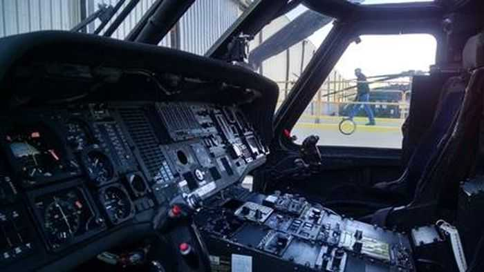 This Is The UH-60A Black Hawk That Is Up For Auction pictures 003