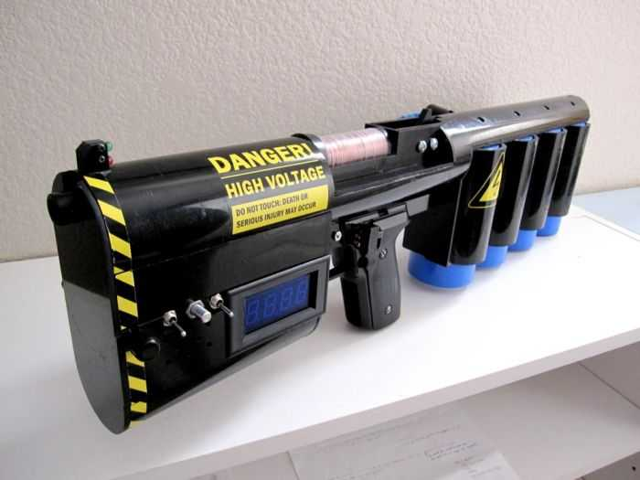 This Guy Made A Portable 1.25kJ Coilgun And A Full-Auto Gauss Gun - Want To See How pictures 002