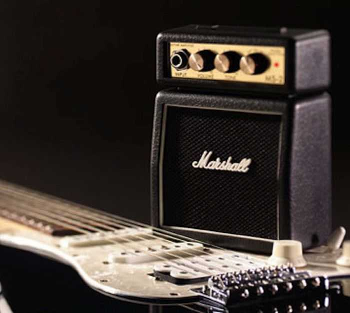 Marshall MS2 Mini Guitar Amplifier pictures 003