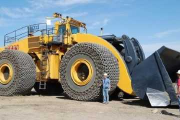 Meet The World's Largest Front-End Loader - The LeTourneau L-2350 featured