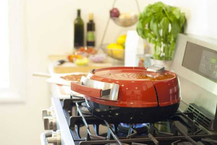 The Pizzeria Pronto Stovetop Pizza Oven Pictures 002