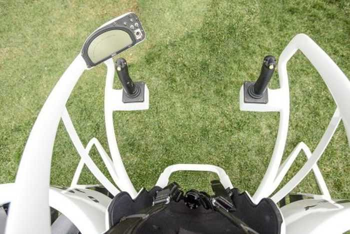 Meet Bubba's Jetpack - The World's First Jetpack Golf Cart - From Oakley And Bubba Watson pictures 002