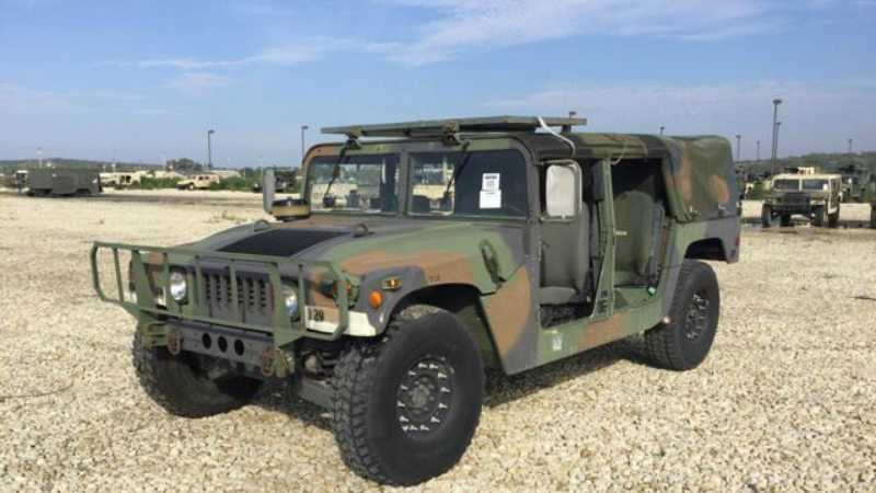Want To Buy Your Own Military Surplus HMMWV? Well Here You Go.
