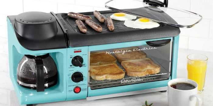 this-retro-breakfast-station-cooks-bacon-eggs-toast-and-coffee-all-at-once-review-001