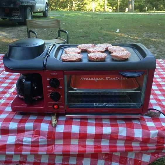 Retro Breakfast Station Cooks Bacon Eggs Toast And