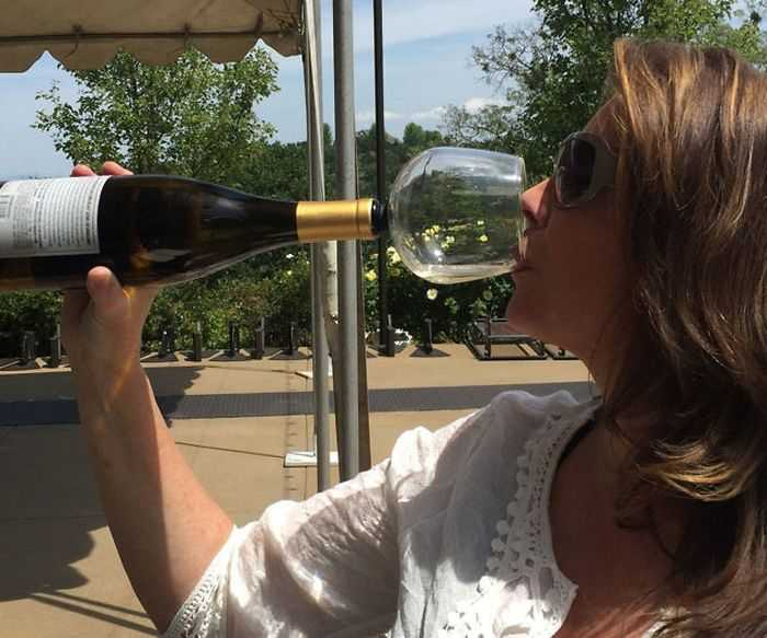 Guzzle Buddy - Turn Your Wine Bottle Into A Huge Wine Glass