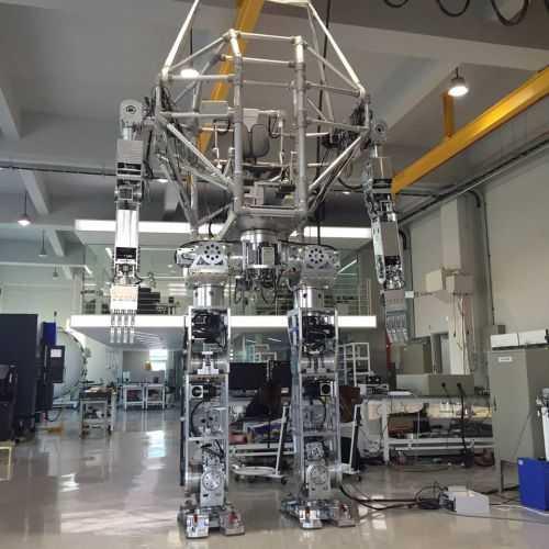 Korean Tech Company Has Built A Fully Functional 14 Foot Tall Bipedal Mech 003