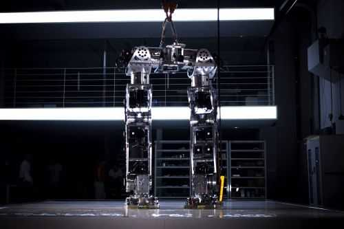 Korean Tech Company Has Built A Fully Functional 14 Foot Tall Bipedal Mech 005