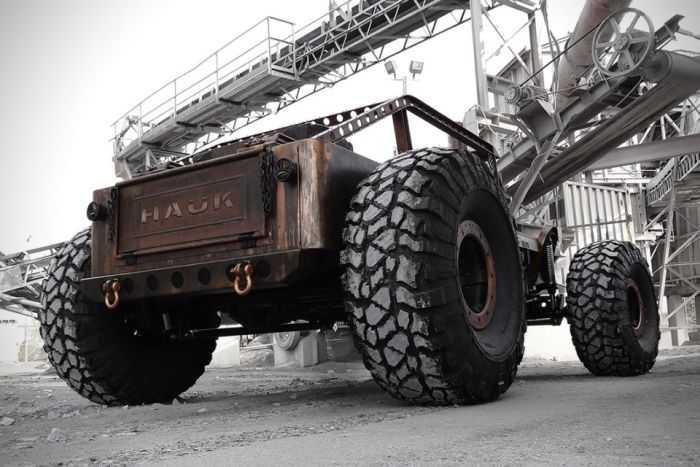 Hauk Designs Rat Rock Jeep 011