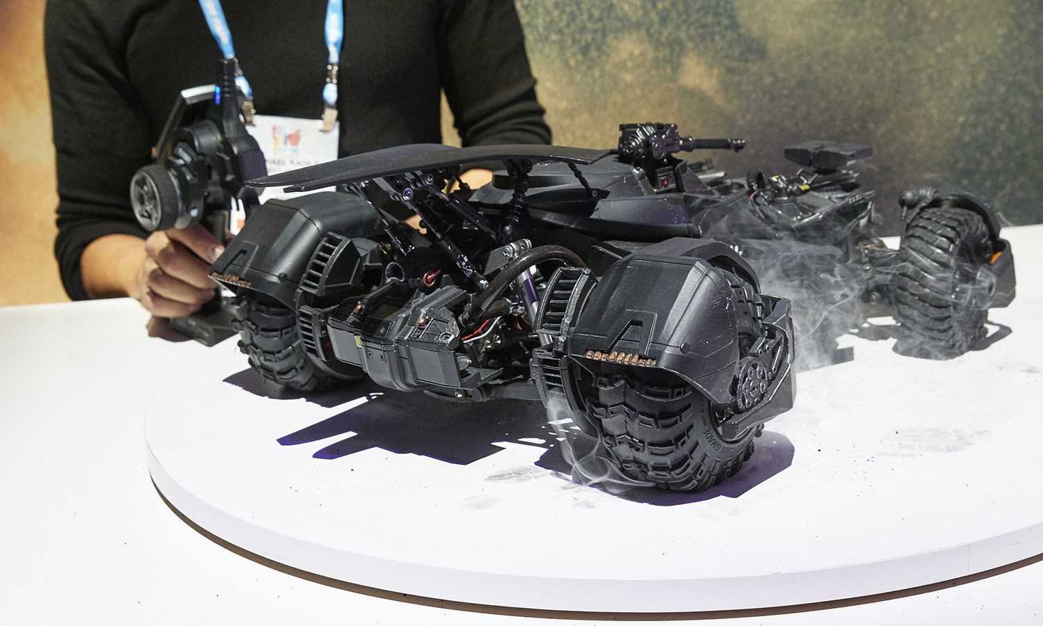 Up, Close and Personal With Ultimate Justice League Batmobile
