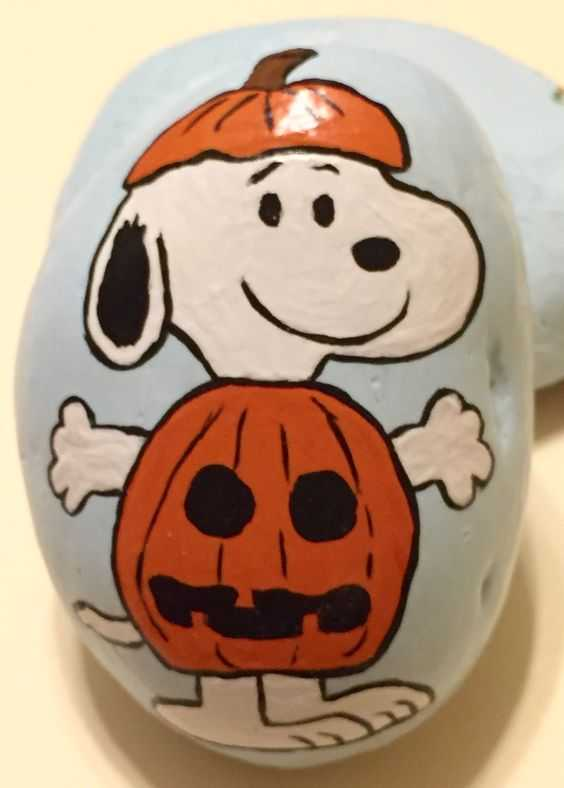 Halloween Painted Rocks - Snoopy In Jack-O-Lantern Costume