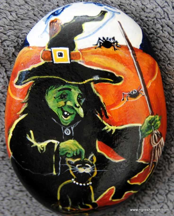 Halloween Painted Rocks - Witch With Pet Cat