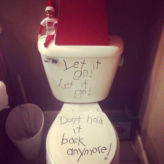 Elf On the Shelf - frozen quote on toilet