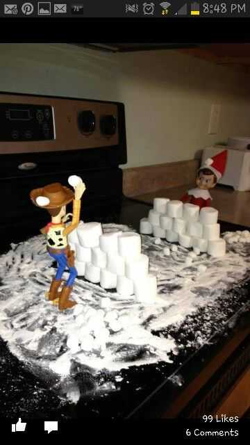 Elf On the Shelf funny - snowball fight from marshmallows