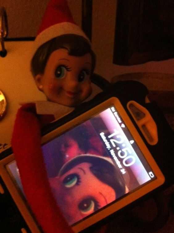 Elf On the Shelf - selfies on iPad