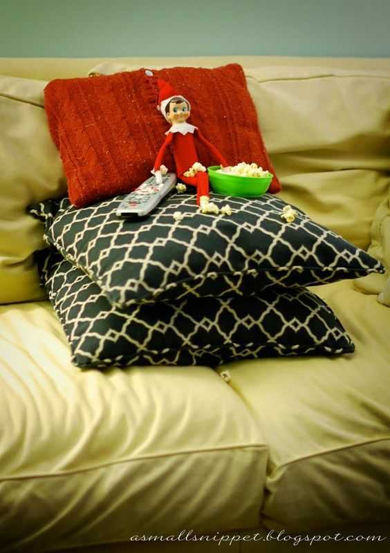Elf On the Shelf - watching tv with popcorn