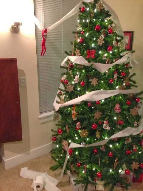 Elf On the Shelf funny - tp'ing the christmas tree