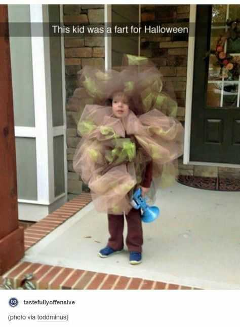 silly kid pics - fart
