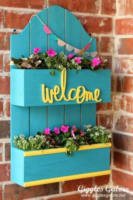 Easy DIY Spring Project - welcome planter