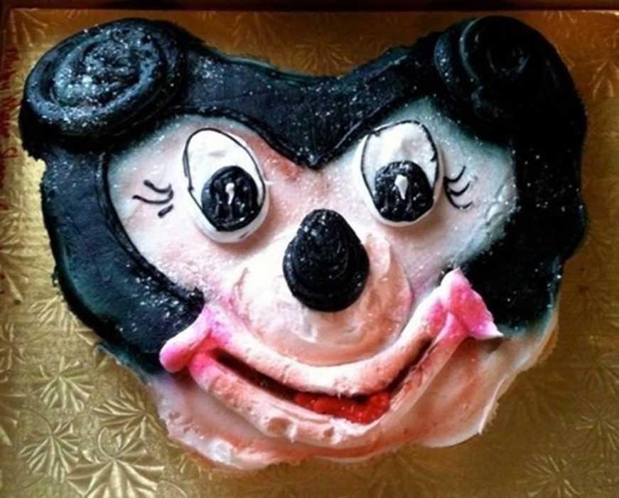 Funny cake fail - Mickey?
