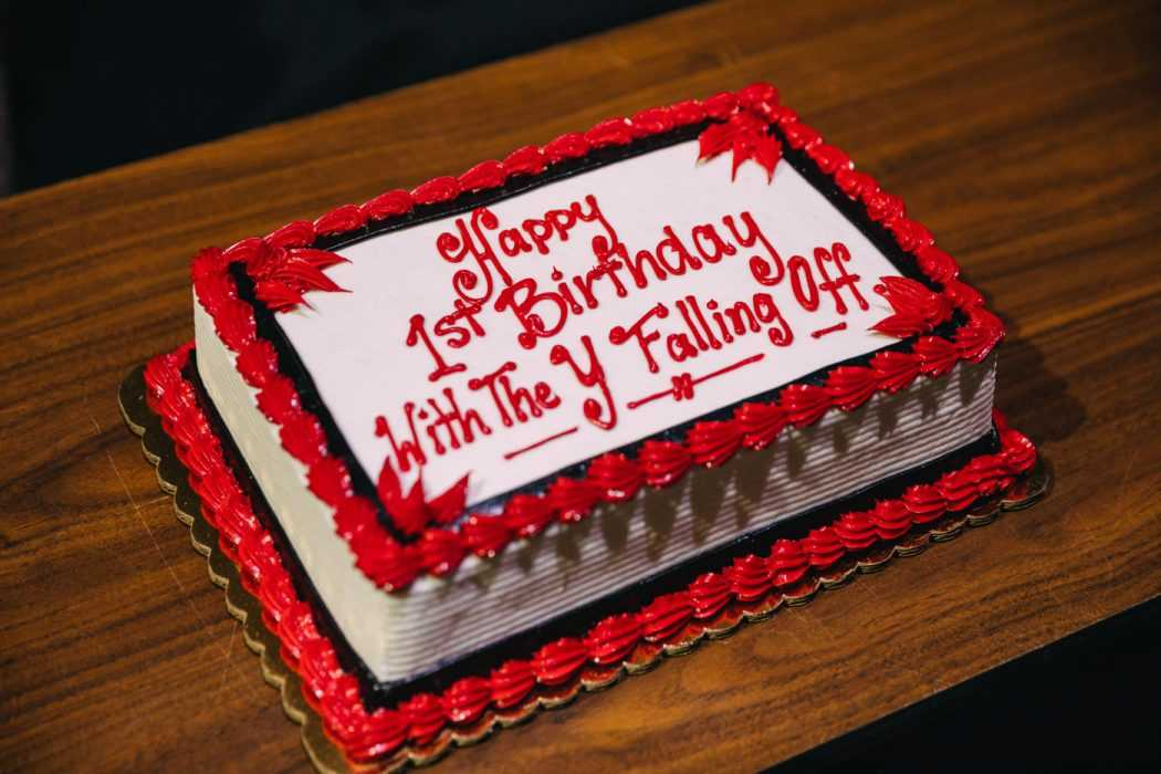 Funny cake fail - y falling off....