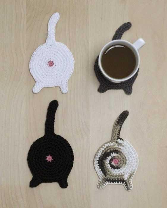Funny Crochet Patterns - cat butt coasters