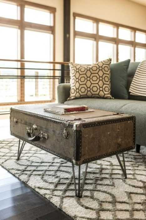 Upcycling Projects - Chest Coffee Table
