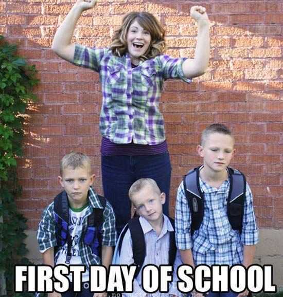 happy mom in front of her 3 sad kids in a first day of school meme